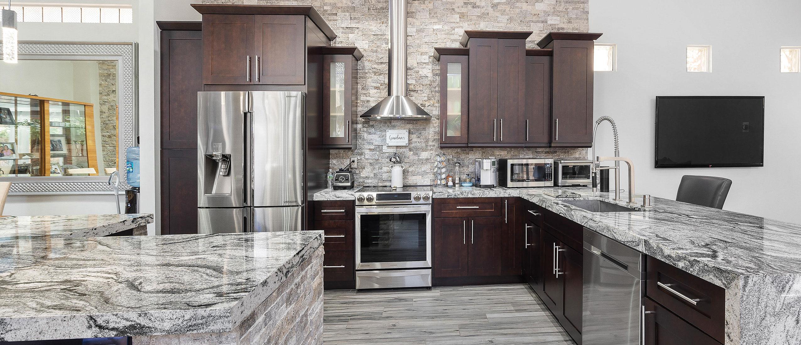Elegant & Stylish Kitchen Remodeling
